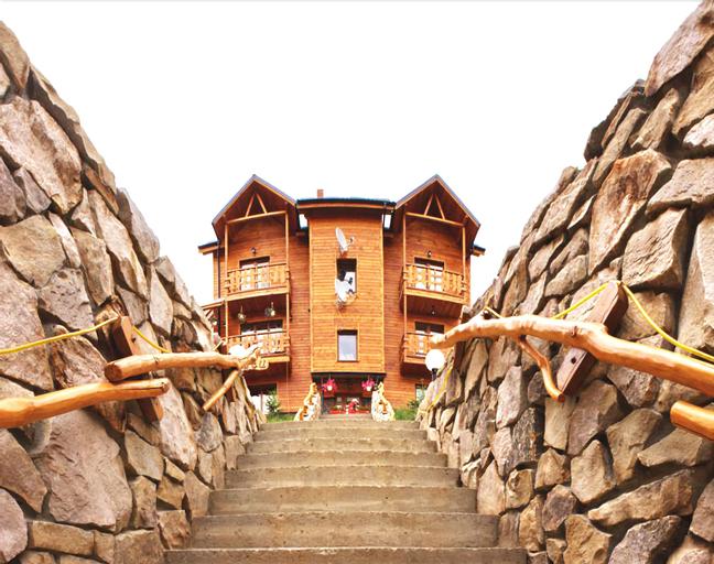 Art-hotel Vykrutasy, Nadvirnians'kyi