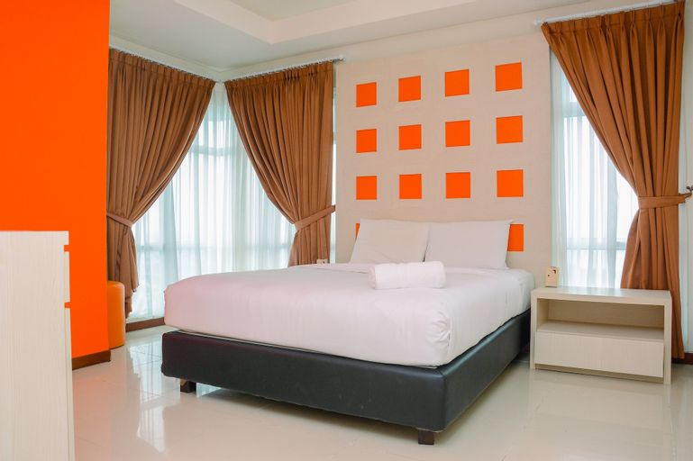 Best View and Spacious 2BR Green Bay Pluit Apartment By Travelio, North Jakarta