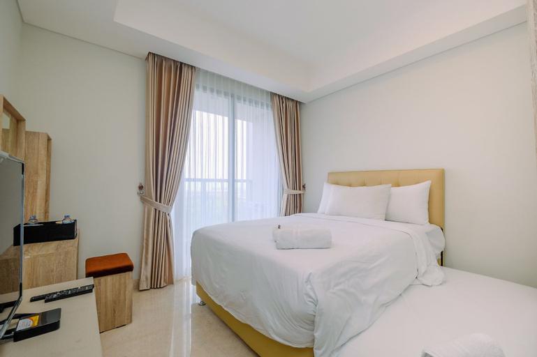 Best Design Studio Apartment at Gold Coast By Travelio, Jakarta Utara