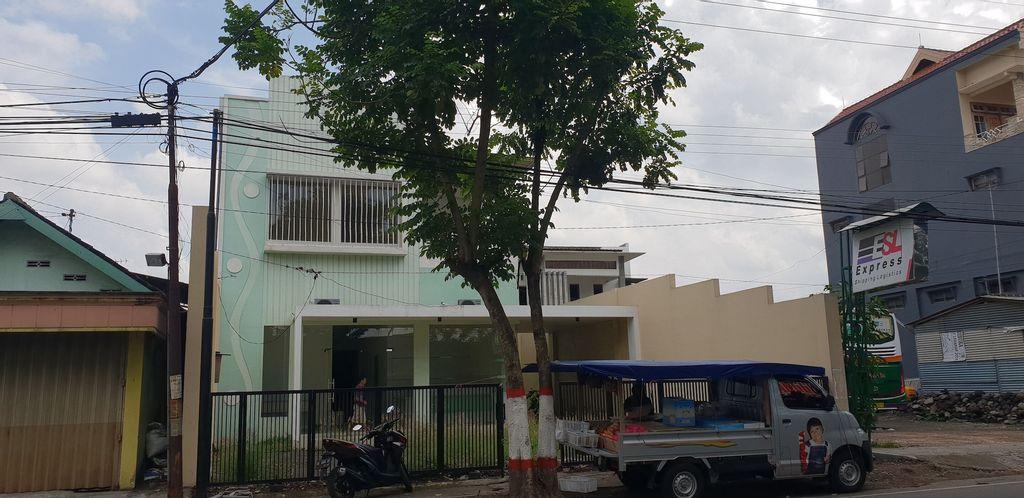 Irma's Residence, Blitar