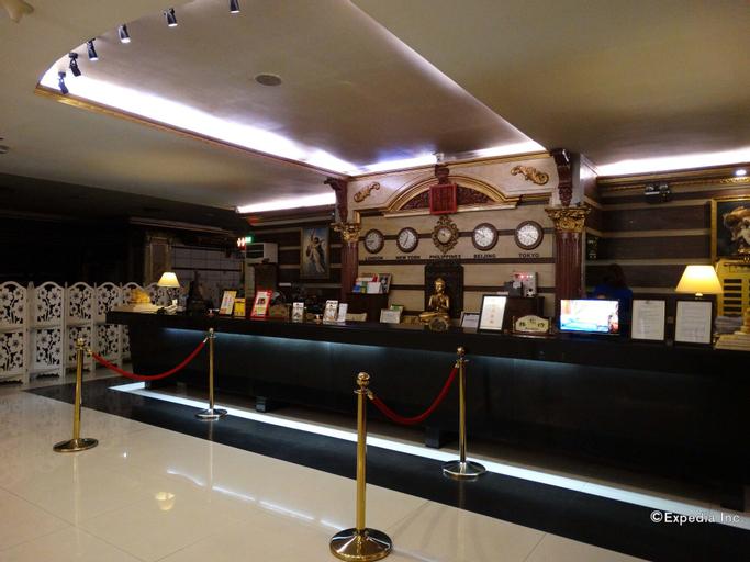 Lido de Paris Hotel, Manila