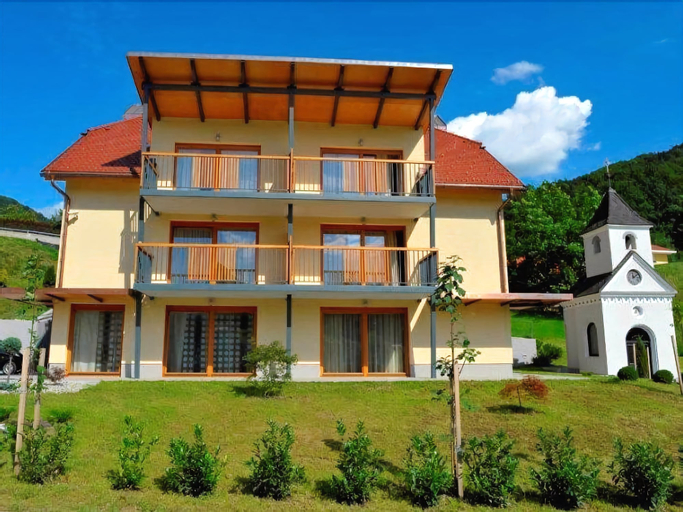 Villa Aina Boutique Hotel, Laško