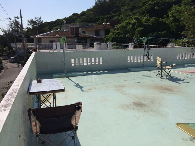GUEST HOUSE AMAWARI 10 - Hostel, Yonabaru