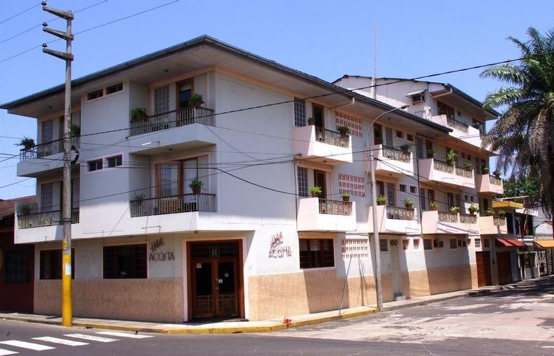 Hotel Acosta, Maynas