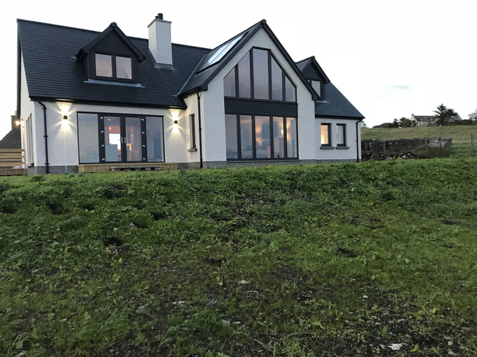Clach Gorm, Eilean Siar