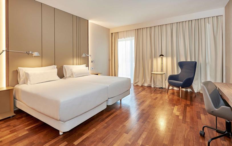 Nh Luz Huelva Hotel, Huelva