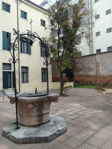 Casa Sant'Andrea, Venezia