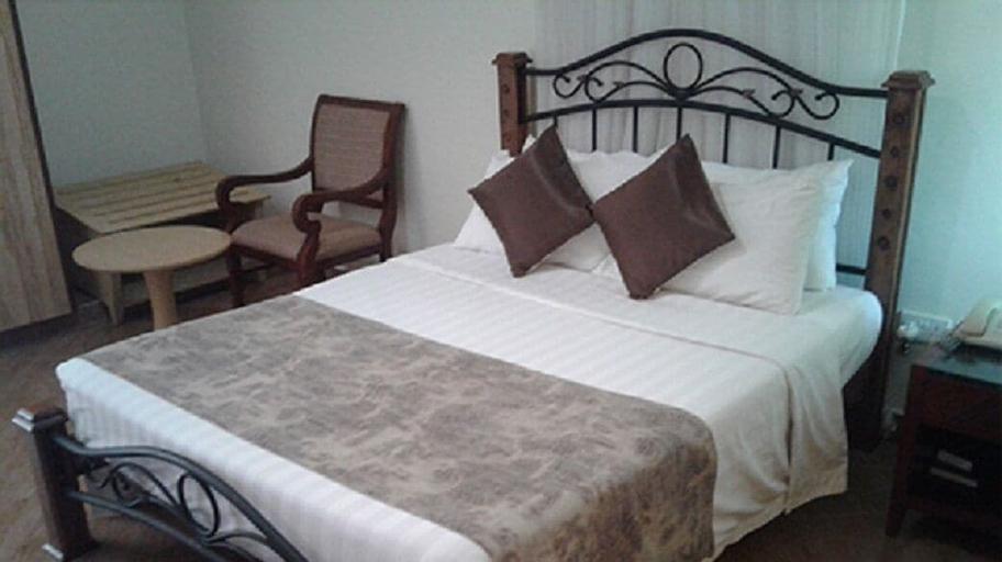 Gulu Churchill Courts Hotel, Gulu