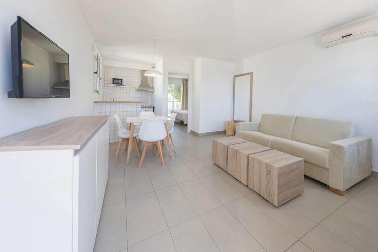 Apartamentos Playasol Riviera, Baleares