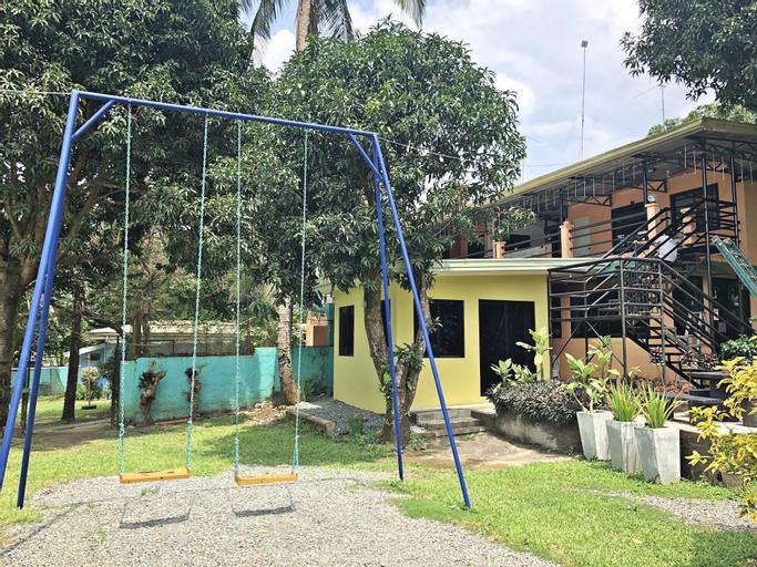 Jenmac's Resort, Alfonso
