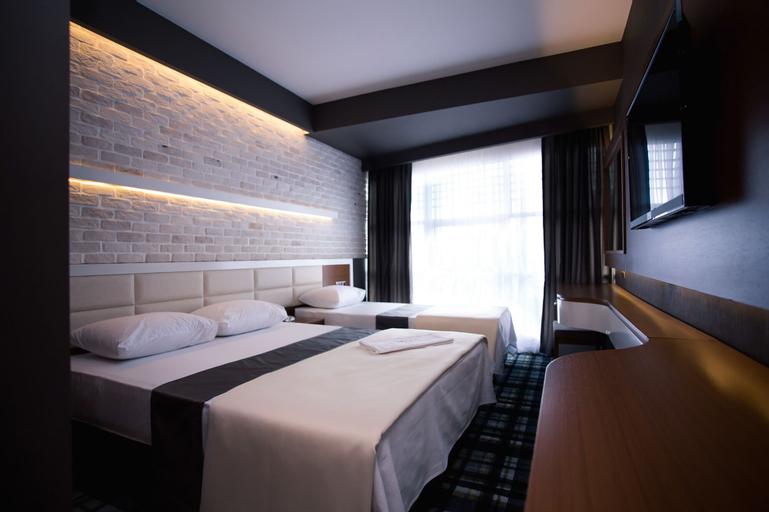Aripsas Hotel, Merkez