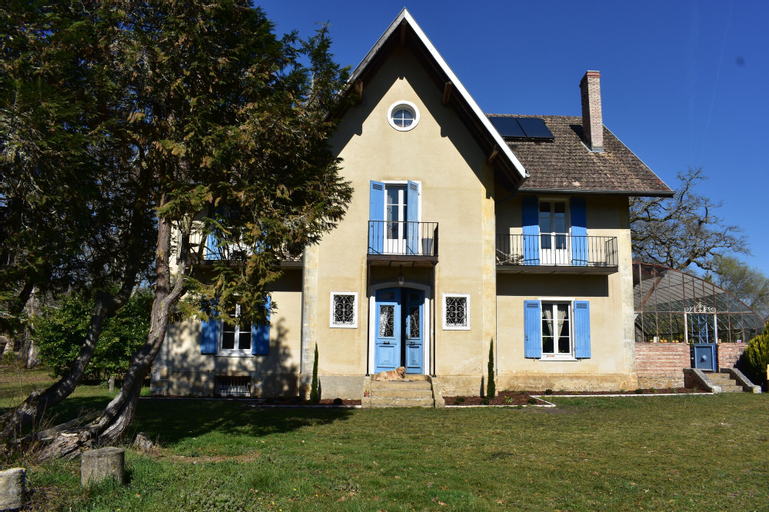 Baccara Lodge, Landes