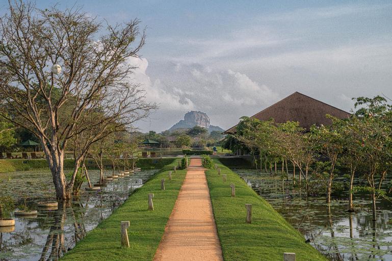 Water Garden Sigiriya, Dambulla