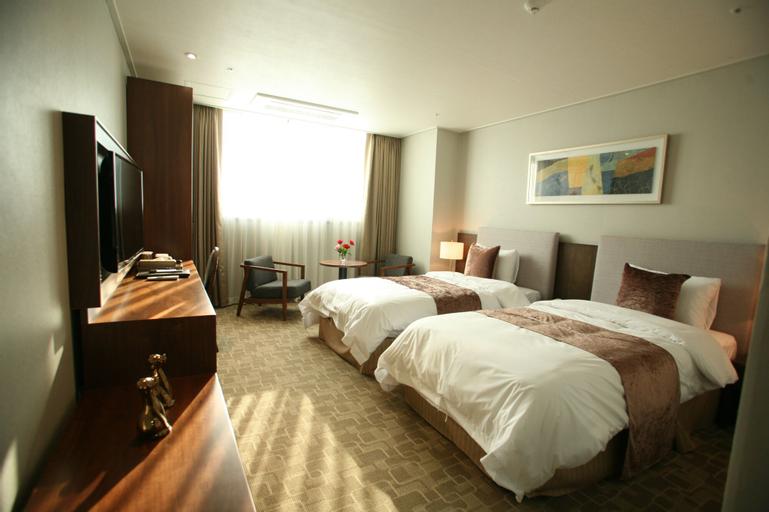 Hyunjin Tourist Hotel, Donghae