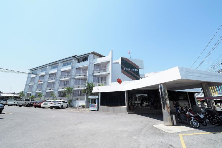 Pachara Hotel and Restaurant, Muang Suphanburi