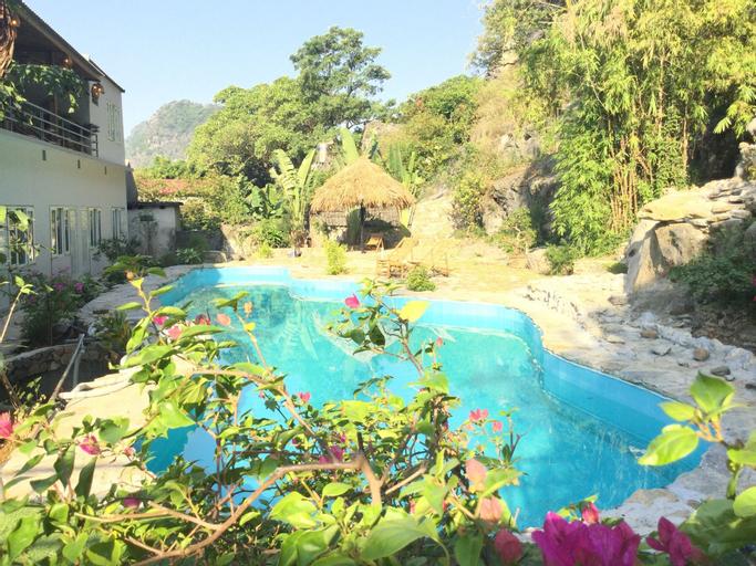 Trang An Secret Garden, Hoa Lư