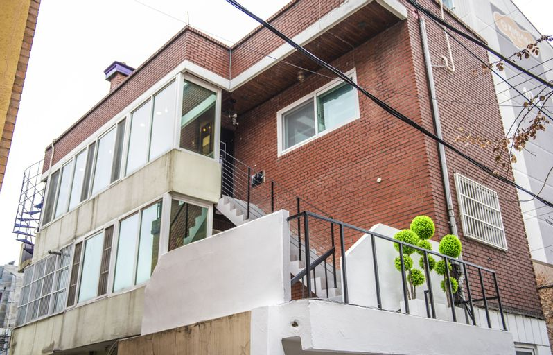 Flex Home Guesthouse - Hostel, Mapo
