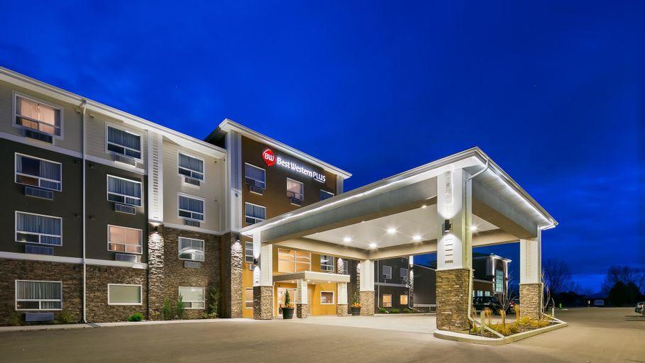 Best Western Plus Lacombe Inn & Suites, Division No. 8