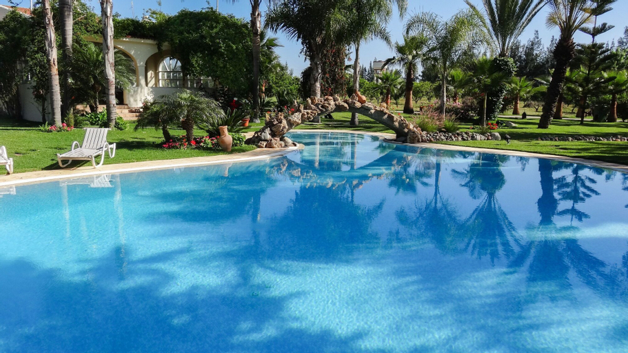 Villa With 5 Bedrooms in Salé, With Wonderful Mountain View, Private P, Salé