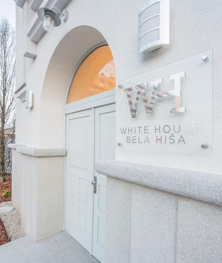 WHITE HOUSE - BELA HIŠA, Ljubljana