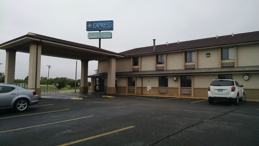 Express Inn and Suites, Fort Riley Junction City KS, Geary