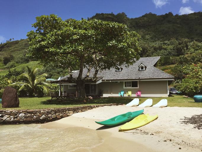 Deluxe Villa with Private Beach,