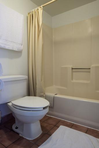 Magic Castle Inn and Suites, Osceola