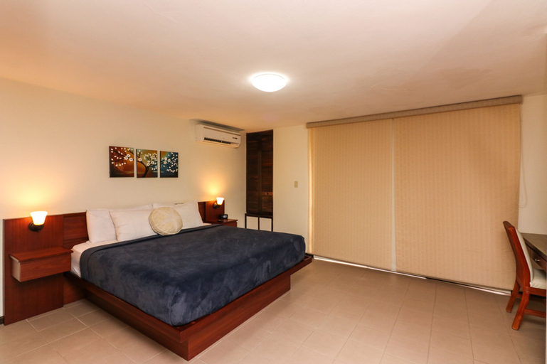 The Plaza Suites,