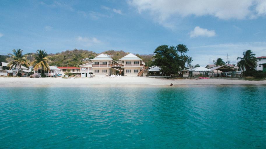 Mermaid Beach Hotel,