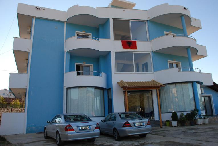 Villa Blue, Sarandës