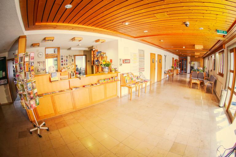 Hotel & Bildungshaus St Jodern, Visp