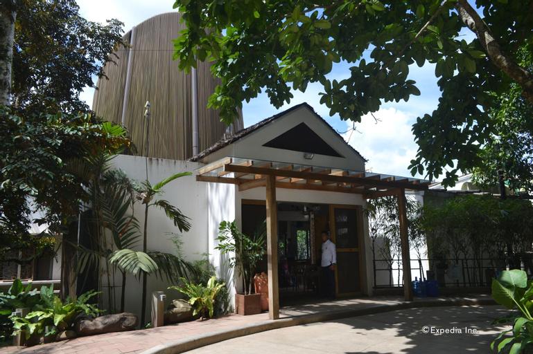 Spin Designer Hostel, El Nido