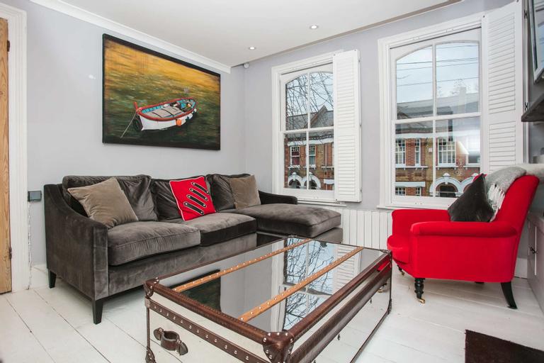 2 Bedroom Flat in Brixton Sleeps 4, London