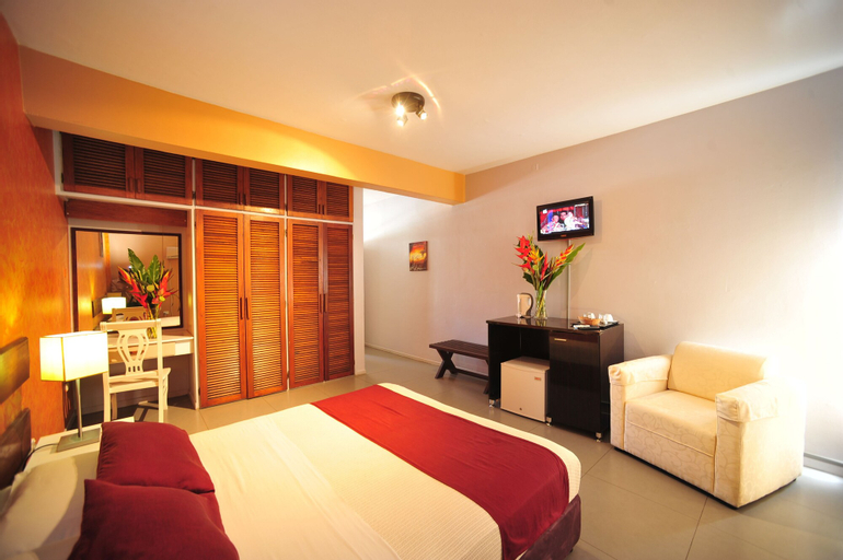 Hotel Olympic, Port Vila