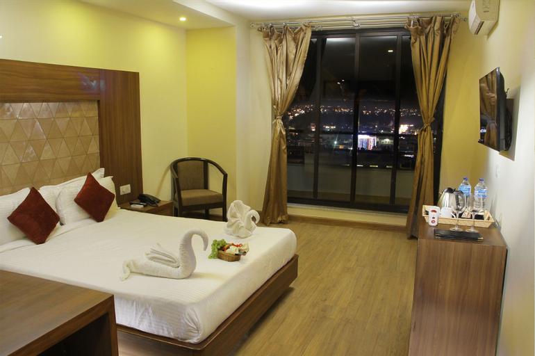 Hotel Verandah, Koshi