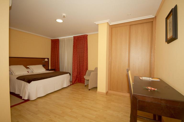 Aparthotel Arenteiro, Ourense