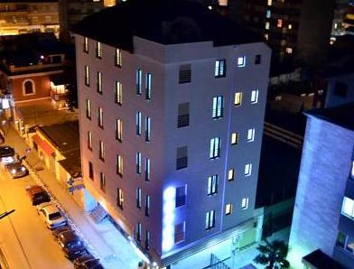 Capital Tirana Hotel, Tiranës