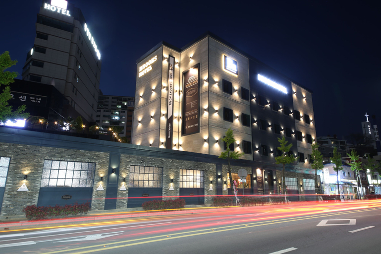 Brooks Hotel, Tongyeong