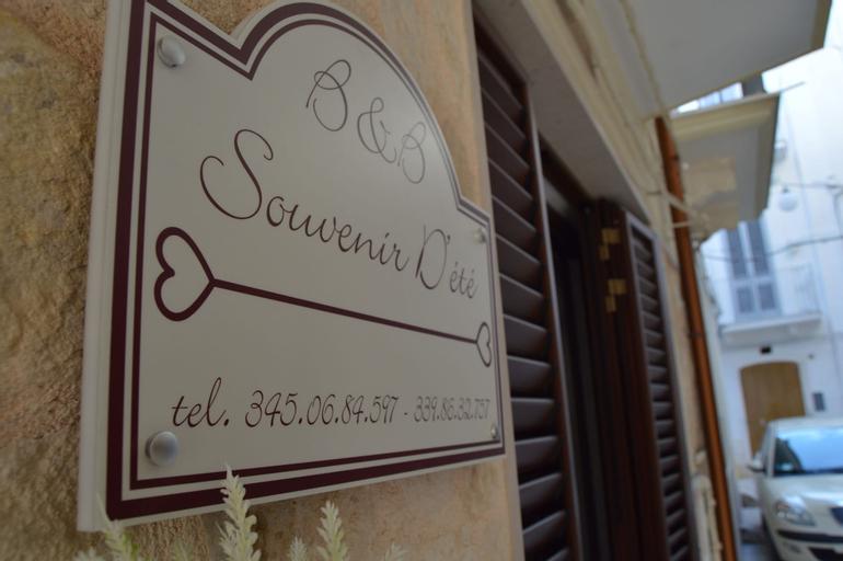 Souvenir d'été, Bari