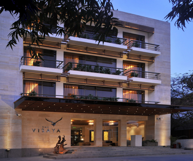 The Visaya Hotel, West
