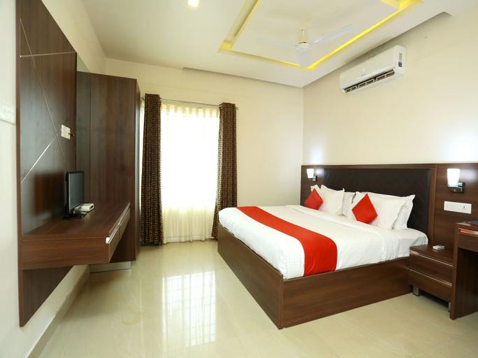 OYO 16812 Hotel Padippurayil, Kollam