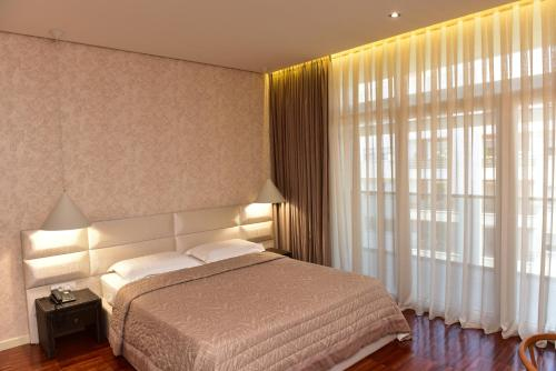 La Boheme Hotel, Tiranës