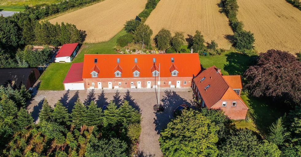 Lustrup Farmhouse, Esbjerg