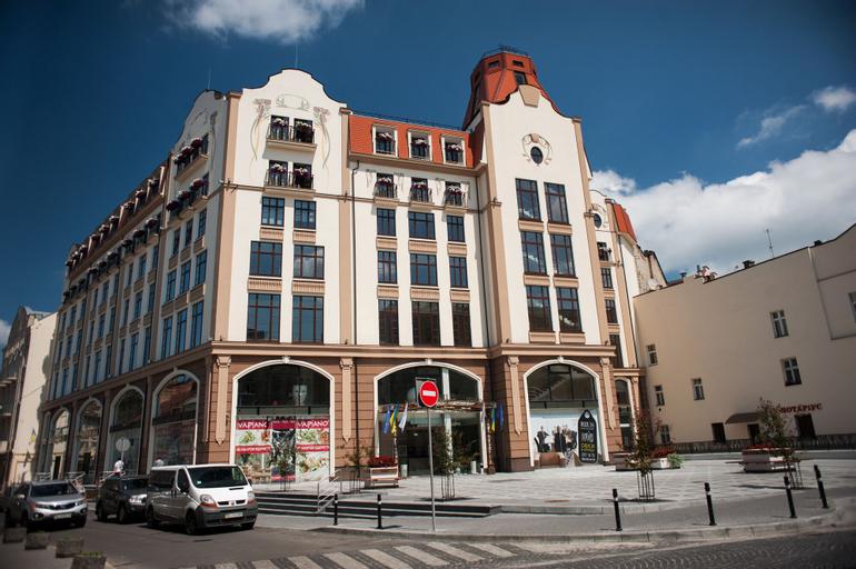 Rius Hotel, L'vivs'ka
