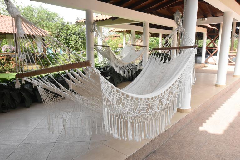 Hotel Rancho Guacamayos, Bonao