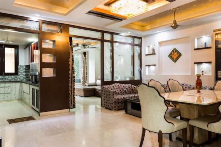 The Penthouse Delhi, West