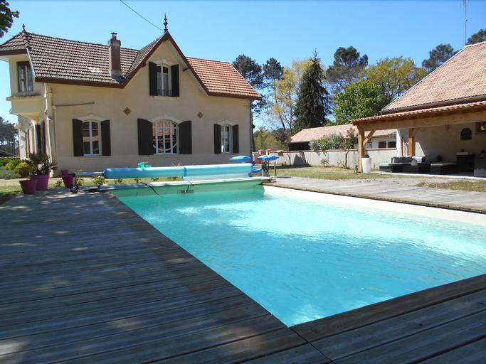 Chambres d´hotes VILLA CAPSYLVAINE, Gironde