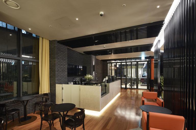 Hotel Venue G, Jung