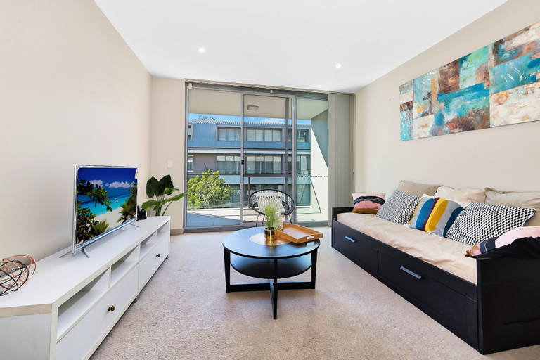 Spacious and Serene Apt in the Leafy Suburb, Ku-ring-gai