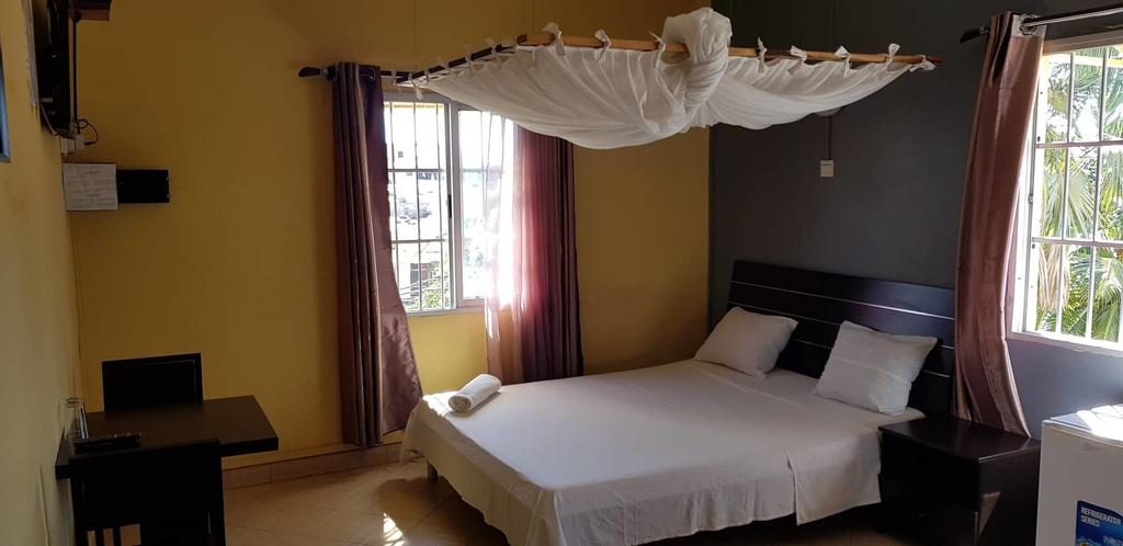 Salama Hotel, Boeny